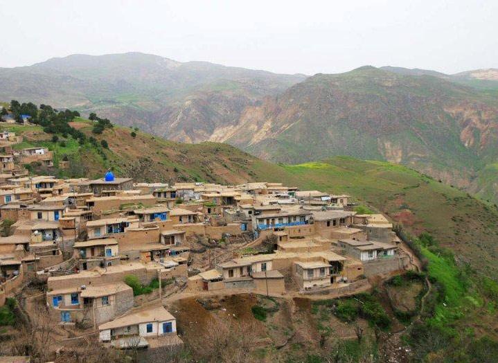 156149641714139371641665824727224150171180 آبادی هایی که عجایب 14 گانه کرمانشاه هستند