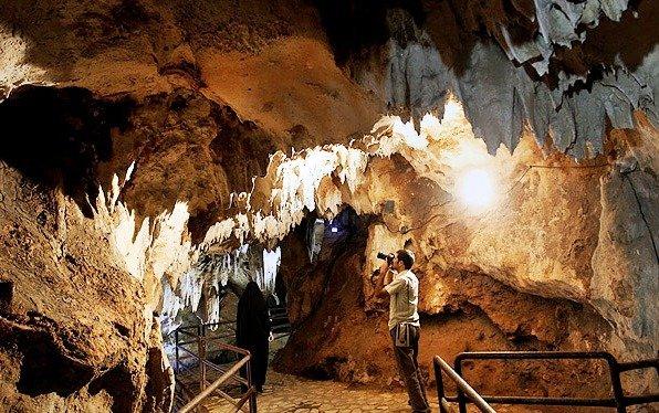 1610196 خطر در کمین بزرگترین غار آبی آسیا/تصاویر