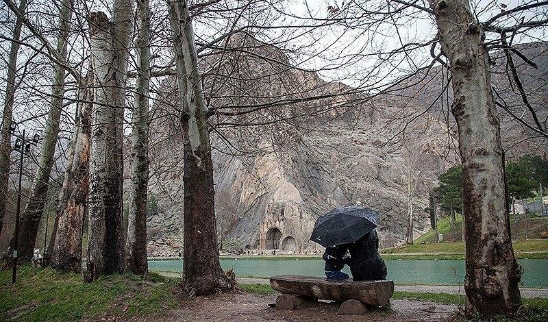 کرمانشاهیان فردا منتظر باران باشند