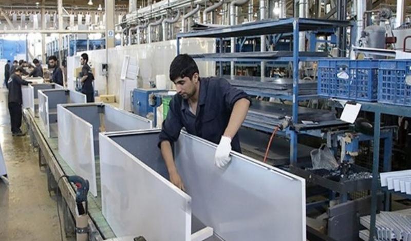 کارخانجاتی که با اندک تدبیر، نشاط تولید را به کشور باز میگردانند/ پشت میزنشینی مشکلی را حل نمیکند