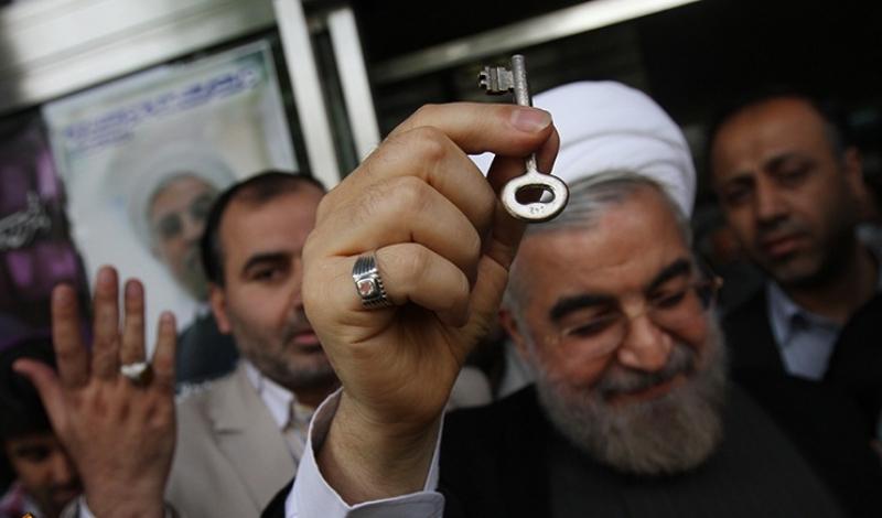 تغییر سیستم مدیریت اجرایی کشور از دستوری و اتاقی به میدانی/ کلیدی که روحانی فقط حرفش را زد